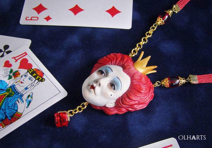 Queen of Hearts, кулон по Алисе Тима Бёртона OlhaARTS, Полимерная глина, Алиса в стране чудес, Кулон, Ручная работа, Украшения ручной работы, Tim Burton, Длиннопост