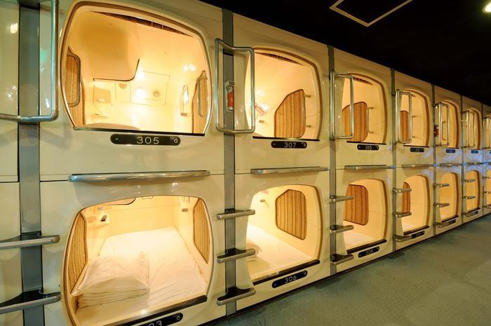 Капсульный отель | Необычное жилье в Японии Япония, Путешествия, Азия, Поездка, Отель, Жилье, Ванна, Сон, Длиннопост