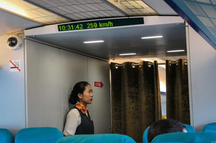 430 км/ч: Самый быстрый в мире поезд Путешествия, В пути, Жд, Китай, Шанхай, Видео, Длиннопост