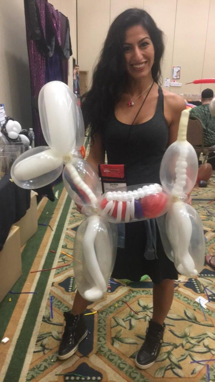 Животное из шариков. С органами.