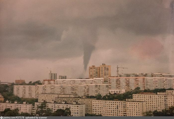 Смерч во Владивостоке 2018 Владивосток, Смерч, Торандо, 1997, Фотография, 2018, Осень, Изменение климата, Длиннопост