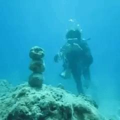Маг воздуха под водой