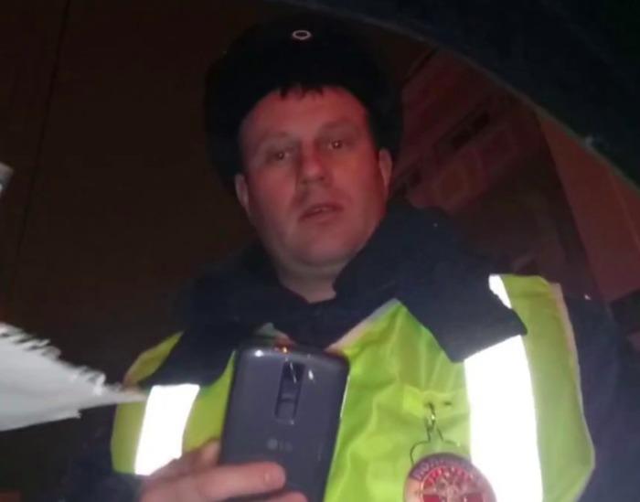 Брат зверски избившего старушку в Клинцах отморозка работает в ГИБДД Клинский, Брянск, Избиение
