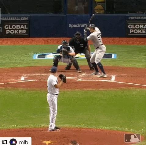 Человек-паук опять публично спалился на применении своего чутья Спорт, Бейсбол, MLB, Паучье чутье, Реакция, Гифка
