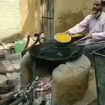 И картошку фри большую, пожалуйста