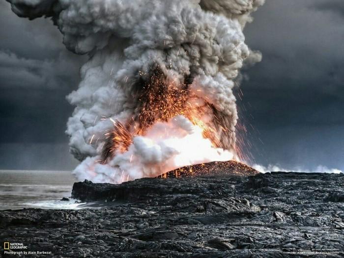 Извержение вулкана Килауэа, Гавайи.