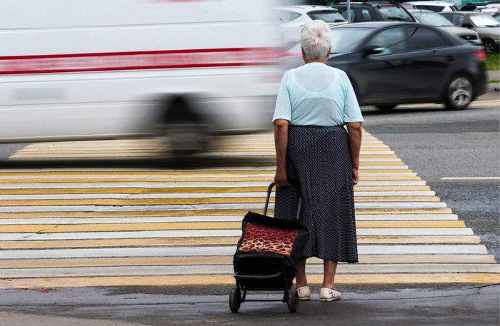 Полиция задержала в Подмосковье 71-летнюю пенсионерку за торговлю наркотиками Наркоторговля, Наркотики, Пенсионер, Бабушка, Происшествие, Новости