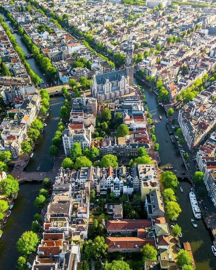 Уютные каналы Амстердама