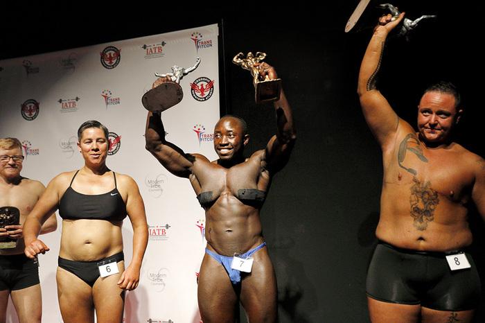 В США прошли соревнования бодибилдеров-трансгендеров Депутаты, США, Геи, Трансгендеры, Рыжие, Противники рока