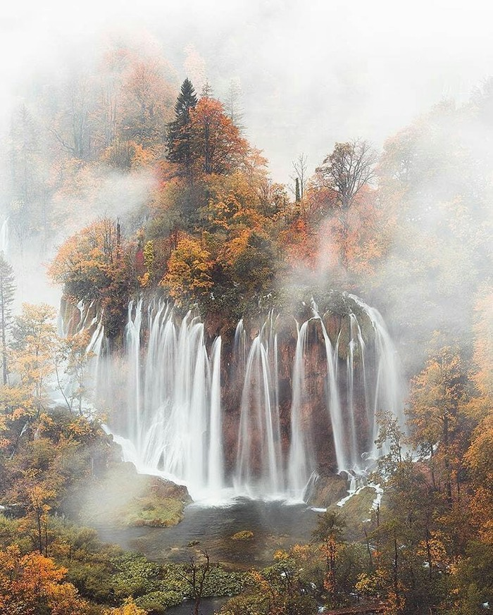 Водопад в Хорватии.