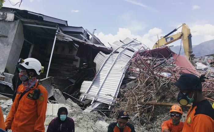 После землетрясения в Палу, Индонезия. Палу, Индонезия, Сулавеси, Землетрясение, 18+, Катастрофа, Длиннопост