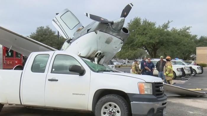 Аварийная посадка Видео, Самолет, Аварийная посадка, Фотография, Парашют, Длиннопост, США