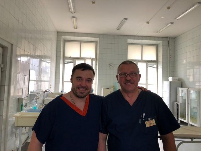 Сибирский хирург уже несколько лет тратит свой отпуск на то, чтобы провести бесплатные операции детям во всем мире. Сибирь, Новосибирск, Врачи, Хирург, Челюстно-Лицевая хирургия, Дети, Волонтерство, Видео, Длиннопост, Доброта