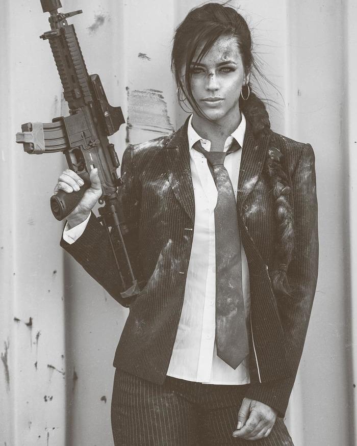 Обычное утро офисной леди Огнестрельное оружие, Красивая девушка, Деловая одежда, Красота