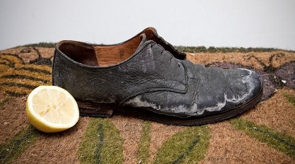 Методы и средства очистить обувь от соли Соль, Обувь, Соль на туфлях, Кожаная обувь, Туфли, Соль на обуви, Длиннопост