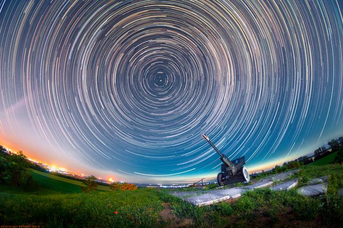 Звездные треки над курганом Могила-Баба. Звездные треки, Астрономия, Фотография, Пейзаж, Ночь, Курган, Звёзды, Nikon d5100, Видео