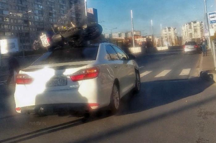 Подвези мопед до гаража. Санкт-Петербург, Мотоциклист, ДТП, У меня не проскочишь, Интересное, Видео