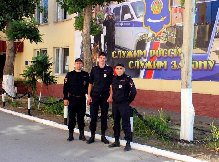Астраханские полицейские спасли годовалого ребёнка Астрахань, ППС, Южная волна, Полиция, Новости, Позитив