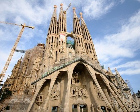 Саграда-Фамилия заплатит 36 млн евро за строительство без лицензии в течение 133 лет Общество, Строительство, Храм, Барселона, Штраф, Dailyafisharu