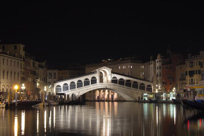 Мост Риальто, Венеция Venice, Плохое качество фото, Ночная съемка, Италия, Гранд-Канал, Путешествия