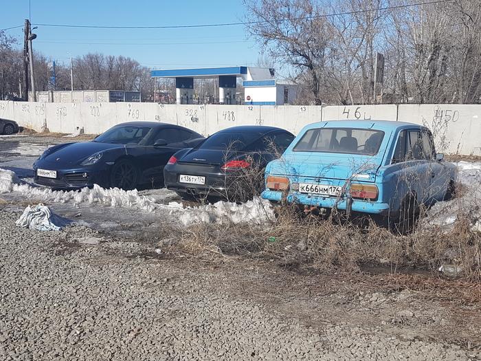 Парковка мажоров Porsche, Москвич, Челябинск