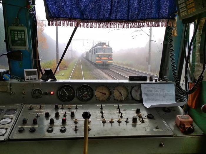 Утро из кабины ВЛ80с