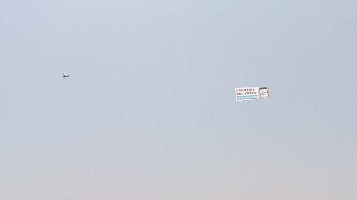 Реклама марихуаны в Калифорнии Конопля, Марихуана, Калифорния, США