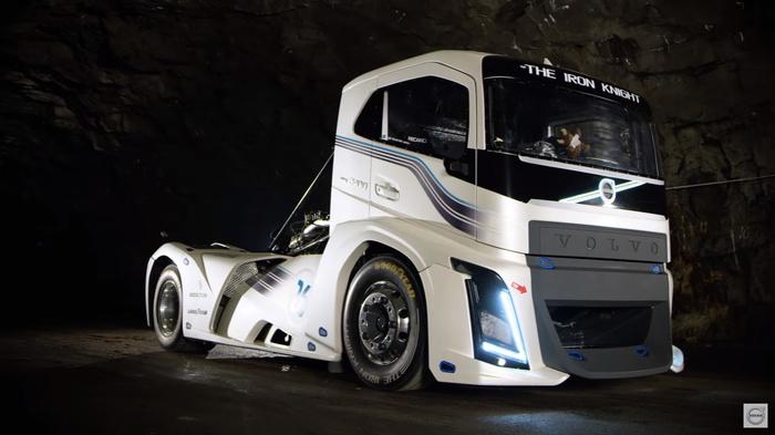 Volvo Iron Knight - самый быстрый грузовик в мире. Volvo, IronKnight, VolvoIronKnight, Авто, Telegram, Длиннопост