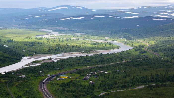 Заполярная маршрутка: поезд Воркута — Лабытнанги Железная Дорога, Север, Полярный Урал, Лабытнанги, Воркута, Видео