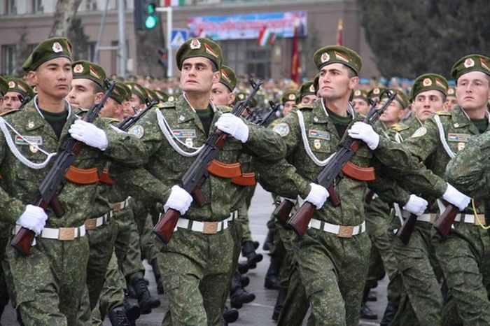 Таджикистан решил отказаться от советских воинских званий Таджикистан, Армия, СССР, Звания
