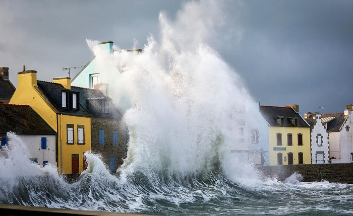Шторм на островеL'le de Sein, Bretagne France (Франция, Бретань)