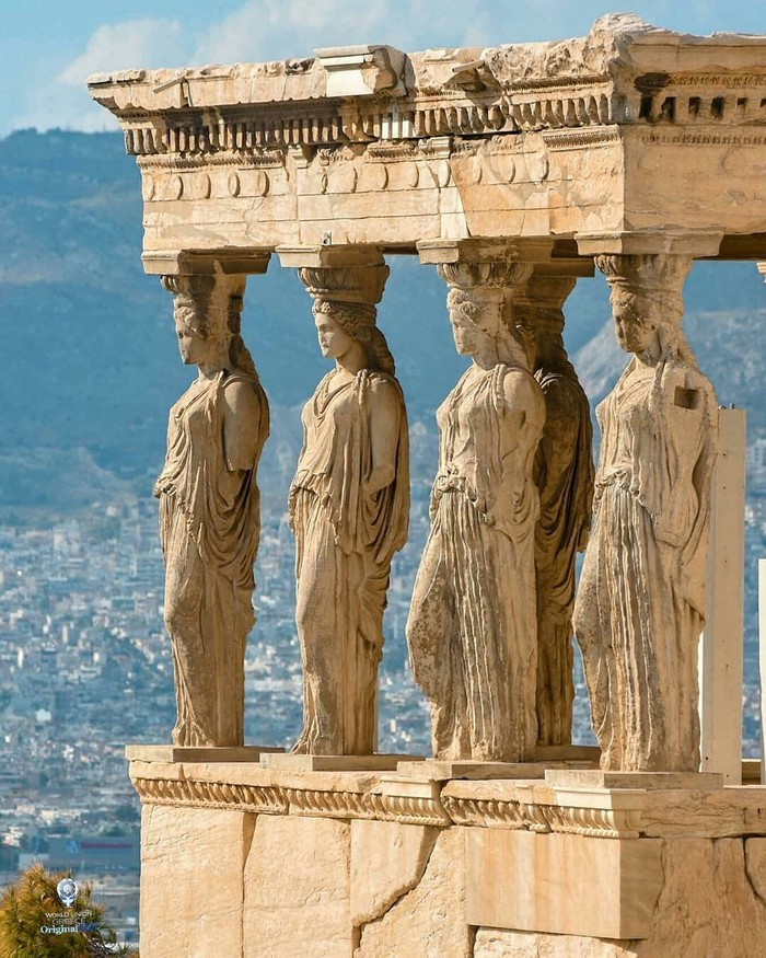 Акрополис, Греция