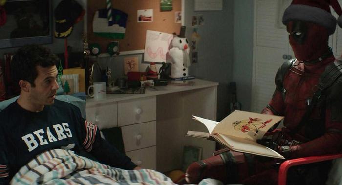 """К Рождеству выйдет """"детская"""" версия """"Дэдпула-2"""" Deadpool, Юмор, Рождество, Дети, Благотворительность, Длиннопост"""