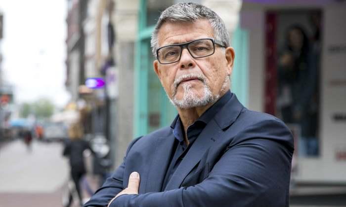 69-летний пенсионер в Нидерландах попросил суд сделать его моложе на 20 лет Новости, Крокодил Гена, Дураки, Голландия, Много травы