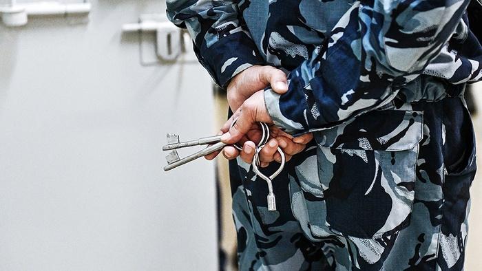 На сотрудников колонии, где ел шашлыки Цеповяз, завели уголовное дело Криминал, Колония, Цеповяз, Негатив