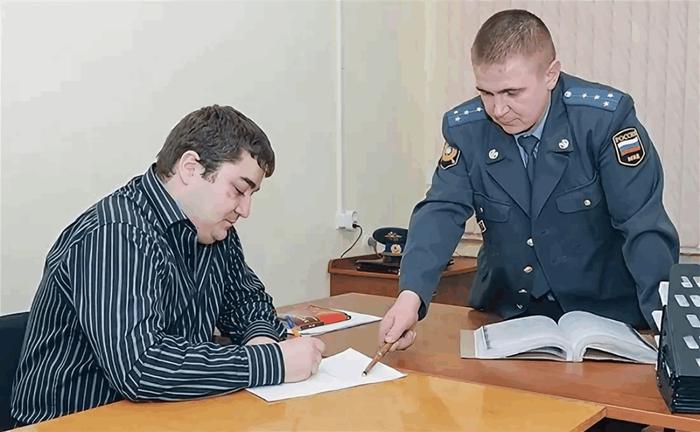 Про бизнес: как разговаривать с полицией работнику. Бизнес, Полиция, Длиннопост