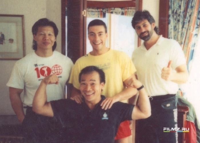 Фотографии со съемок фильмаКровавый спорт 1988 год Фотография, Фильмы, Жан-Клод Ван Дамм, Боло Янг, Фрэнк Дюкс, Кровавый спорт, Длиннопост, Интересное, Знаменитости