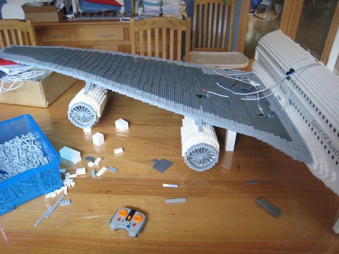 Самый большой самолет из Лего – Lego Airbus A380 LEGO, Самолет, Авиация, Австралия, Фильмы, Профессионал, Пассажиры, Длиннопост
