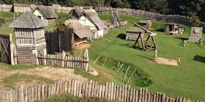 Ликбез: как на самом деле был устроен рыцарский замок Длиннопост, История, Замки