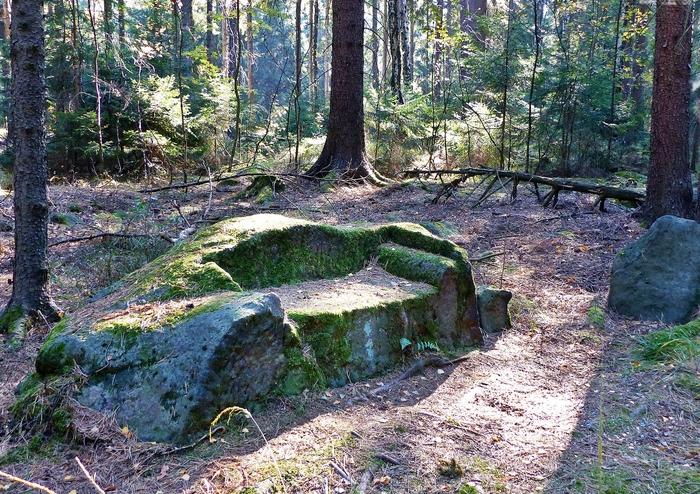 Лесной диванчик Германия, Фотография, Интересное, Лес, Диван, Камень