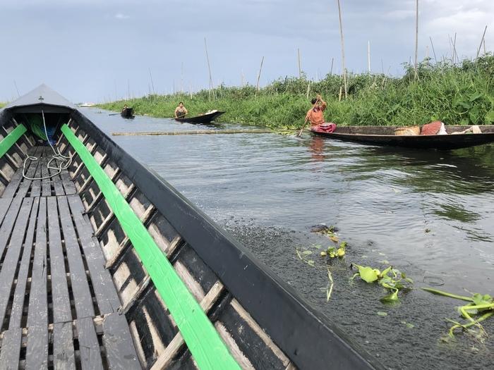 Плавучий лежачий полицейский Мьянма, Путешествия, Интересное, Лежачий полицейский, Озеро