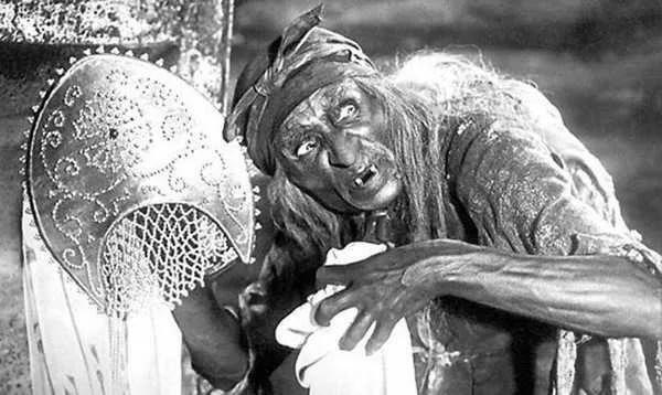Почему у Бабы Яги костяная нога? Фольклор, Баба-Яга, Поверья, Версия, Сказка, История