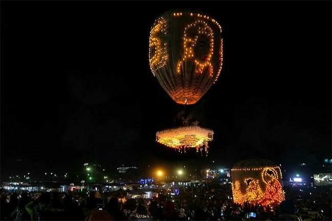 Отличная идея Трагедия, Мьянма, Видео, Фейерверк, Фестиваль