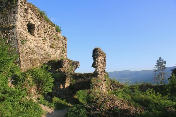 Хустский замок