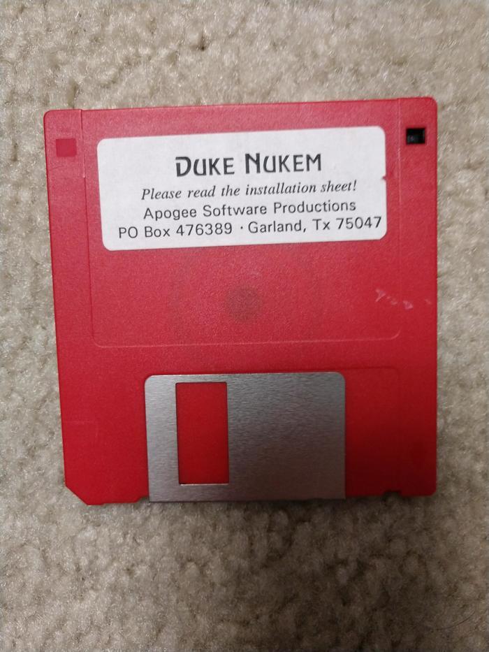 Ээх, ностальгия.. Дискета, Ностальгия, Duke Nukem, Oldschool, Игры