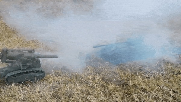 Обстрел танка из мортиры с помощью пластилина и петард Пластилин, Танки, Артиллерия, Обстрел, Саша Резнов, Детство, Реклама, Видео, Гифка, Длиннопост