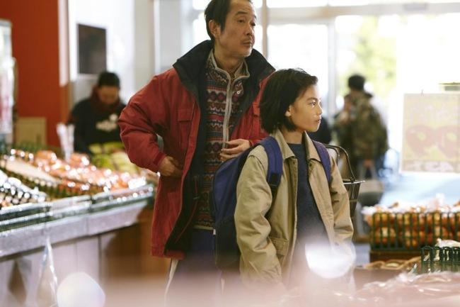 «Магазинные воришки» — фотография семьи, которой нет DTF, Статья, Мнение, Фильмы, Япония, Видео, Длиннопост