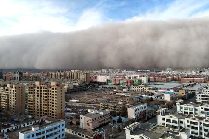 Тьманакрыла ненавидимый прокуратором город Буря, Песчаная буря, Китай