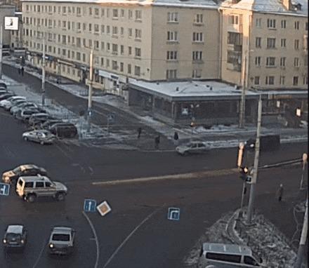 Але-оп #5 ДТП, Петрозаводск, Але-Оп, Пешеход, На красный, Бессмертный, Гифка, Видео