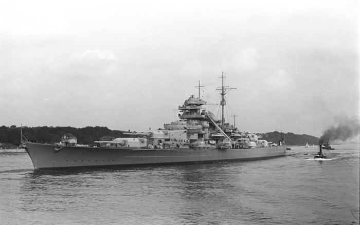 "Битва за Атлантику. ""Бисмарк"". Часть IX. Роковая торпеда. Бисмарк, Флот, Kriegsmarine, Битва за Атлантику, Длиннопост"